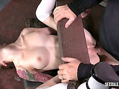 tattooed whore anna de ville gets her pussy licked and destroyed with the help of strapon