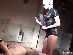 submissed.com slave's controlled orgasm